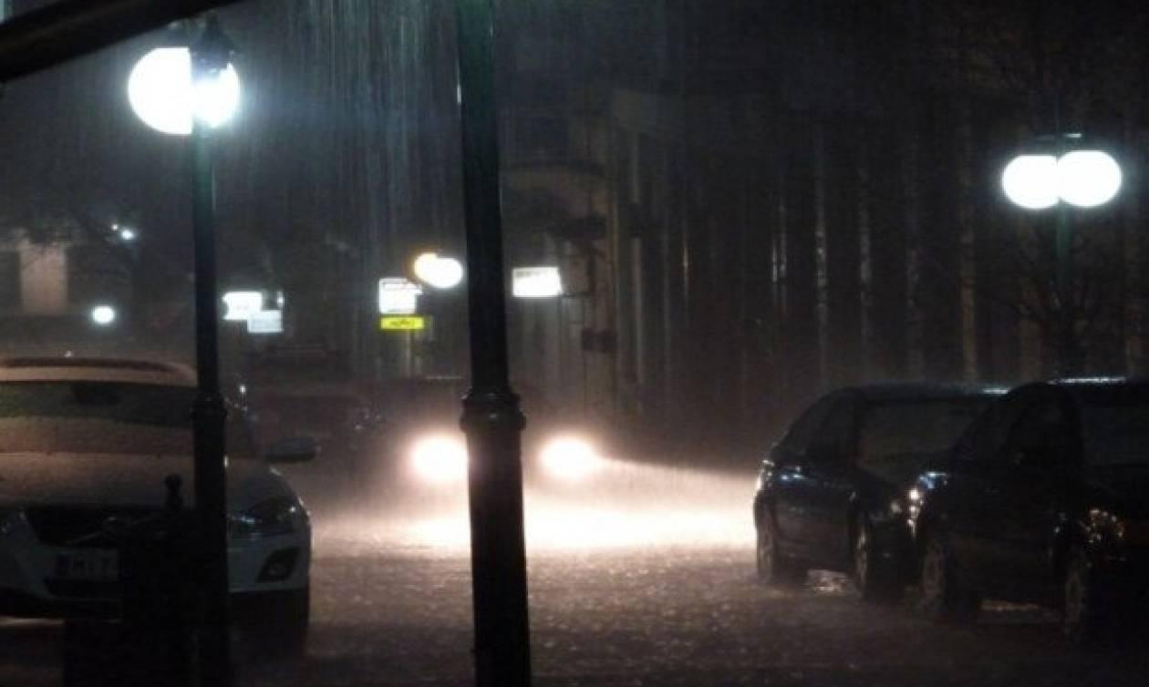 Καιρός ΤΩΡΑ: Αυτοί οι δρόμοι είναι κλειστοί λόγω της κακοκαιρίας
