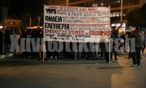 Πολυτεχνείο – Χανιά: Ολοκληρώθηκαν ειρηνικά οι πορείες