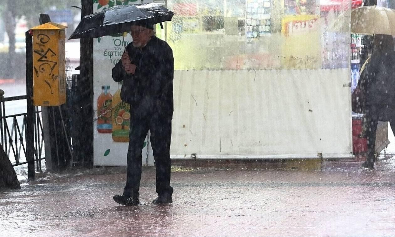 Καιρός: Κακοκαιρίας συνέχεια και το Σάββατο (18/11) – Πού θα βρέχει
