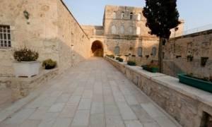 Μοναχός τραυματίστηκε από πτώση βράχου σε Μονή στη Βέροια (pic)