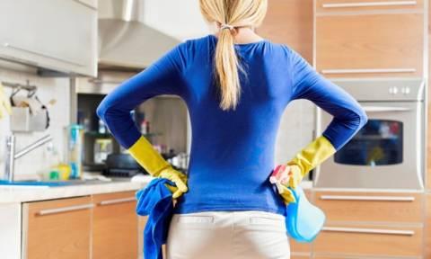 Έχεις νεύρα; Αυτές είναι οι δουλειές του σπιτιού, που θα σε χαλαρώσουν