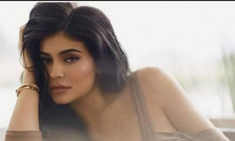 Οι νέες φωτογραφίες της Kylie Jenner που επιβεβαιώνουν για μία ακόμη φορά την εγκυμοσύνη της