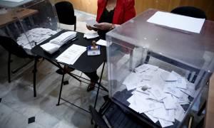 Εκλογές Κεντροαριστερά: «Αγγίζει» τις 110.000 η συμμετοχή