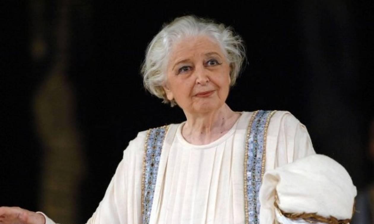 Σαν σήμερα το 1927 γεννήθηκε η σπουδαία ηθοποιός Άννα Συνοδινού