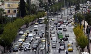ΤΩΡΑ: Κυκλοφοριακό κομφούζιο στους δρόμους της Αθήνας