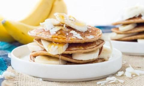 Πεντανόστιμα pancakes με 3 μόνο υλικά