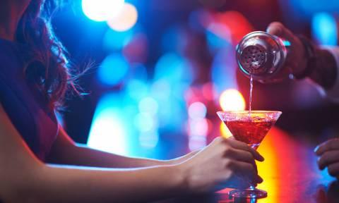 Πώς επηρεάζει τις ορμόνες σου το αλκοόλ;
