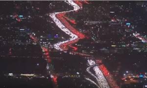 Το απίστευτο μποτιλιάρισμα στο Λος Άντζελες ενόψει της Ημέρας των Ευχαριστιών! (vid)