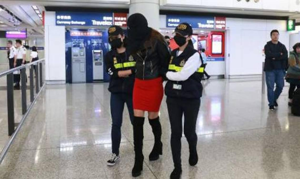 Στη δημοσιότητα τα στοιχεία της Ελληνίδας μοντέλου που συνελήφθη με τα 2,6 κιλά κόκα (pics+vid)