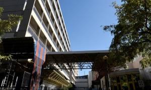 Αναμένεται να βγει από την Εντατική η δικηγόρος που τραυματίστηκε από φωτοβολίδα