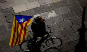 Καταλονία: Τα «πάνω κάτω» στο κόμμα του Πουτζντεμόν - Δεν υποστηρίζει πλέον τη μονομερή ανεξαρτησία