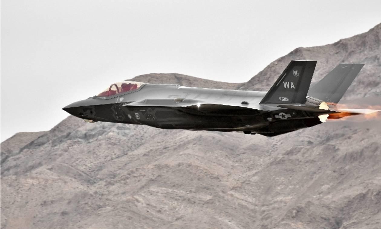 Επίδειξη δύναμης ΗΠΑ σε Βόρεια Κορέα: Ο Τραμπ στέλνει τα «αόρατα» F-22 στον Κιμ