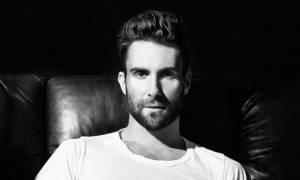 Η γυμνή φωτογραφία του Adam Levine που έριξε το Instagram