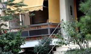 Νέα Σμύρνη:Φρίκη με τα όσα έγραψε στον τοίχο του διαμερίσματος ο πατέρας πριν σκοτώσει τα παιδιά του