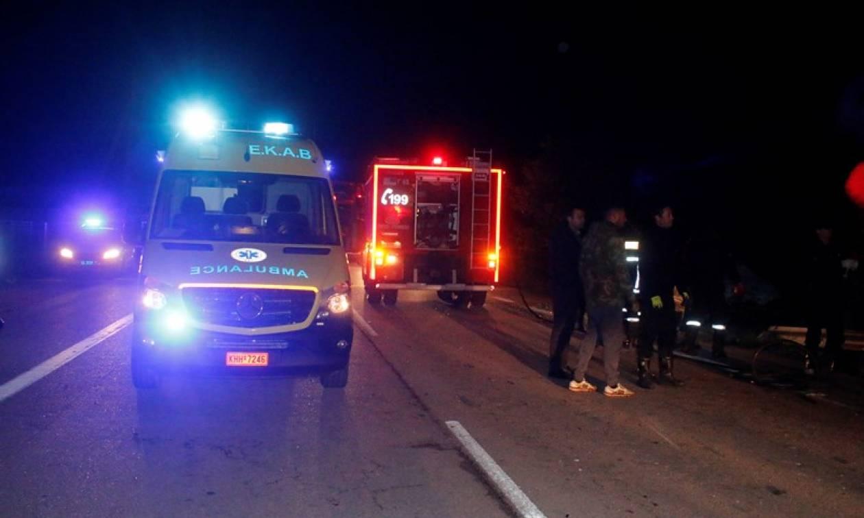 Ανετράπη νταλίκα στην Αθηνών - Λαμίας: Νεκρός ο οδηγός (pics)