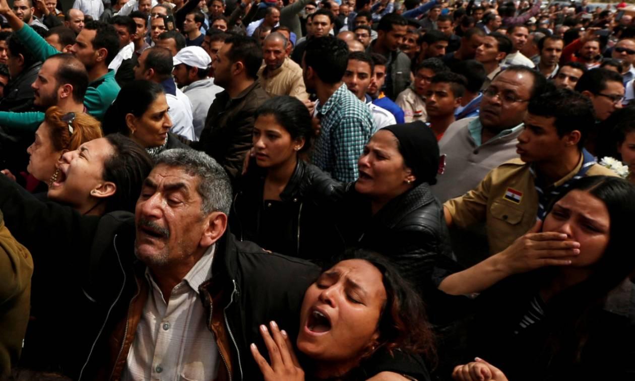 Θρήνος και οδυρμός στην Αίγυπτο για την πιο αιματηρή τρομοκρατική επίθεση στην ιστορία της χώρας