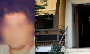 Νέα Σμύρνη: «Σφράγισε» πόρτες, έβαλε φωτιά και οδήγησε στο θάνατο τα δύο αγγελούδια του