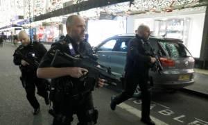 Λονδίνο: Δύο άντρες ανακρίνονται από την αστυνομία για τον πανικό στο Oxford Circus (Pics)