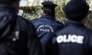 Θεσσαλονίκη: Προσποιήθηκαν τους αστυνομικούς και τον λήστεψαν!
