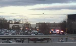 ΗΠΑ: Πυροβολισμοί και τραυματίες σε εμπορικό κέντρο κοντά στη Νέα Υόρκη (vids)