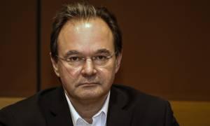 Παπακωνσταντίνου σε Τσίπρα: Δεν ήταν σύμβουλός μου ο Σφακιανάκης