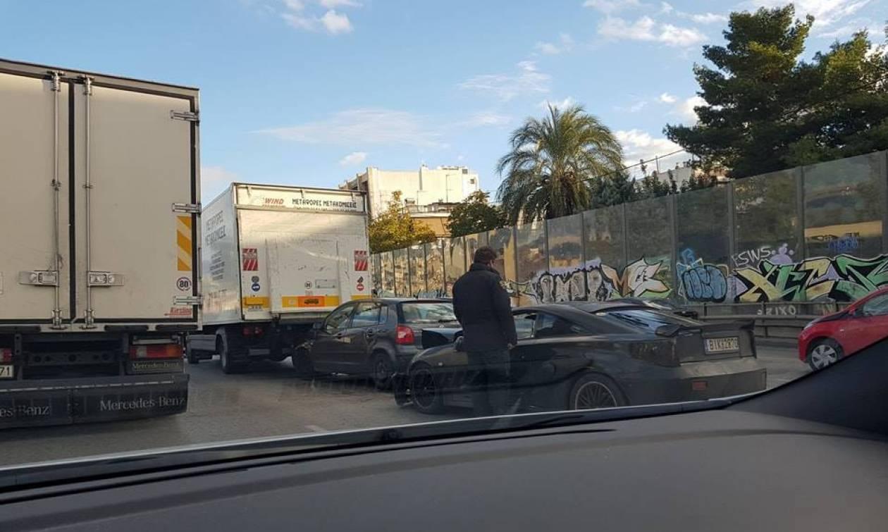 Ασύλληπτη καραμπόλα στην Εθνική Οδό Αθηνών - Λαμίας (pics)