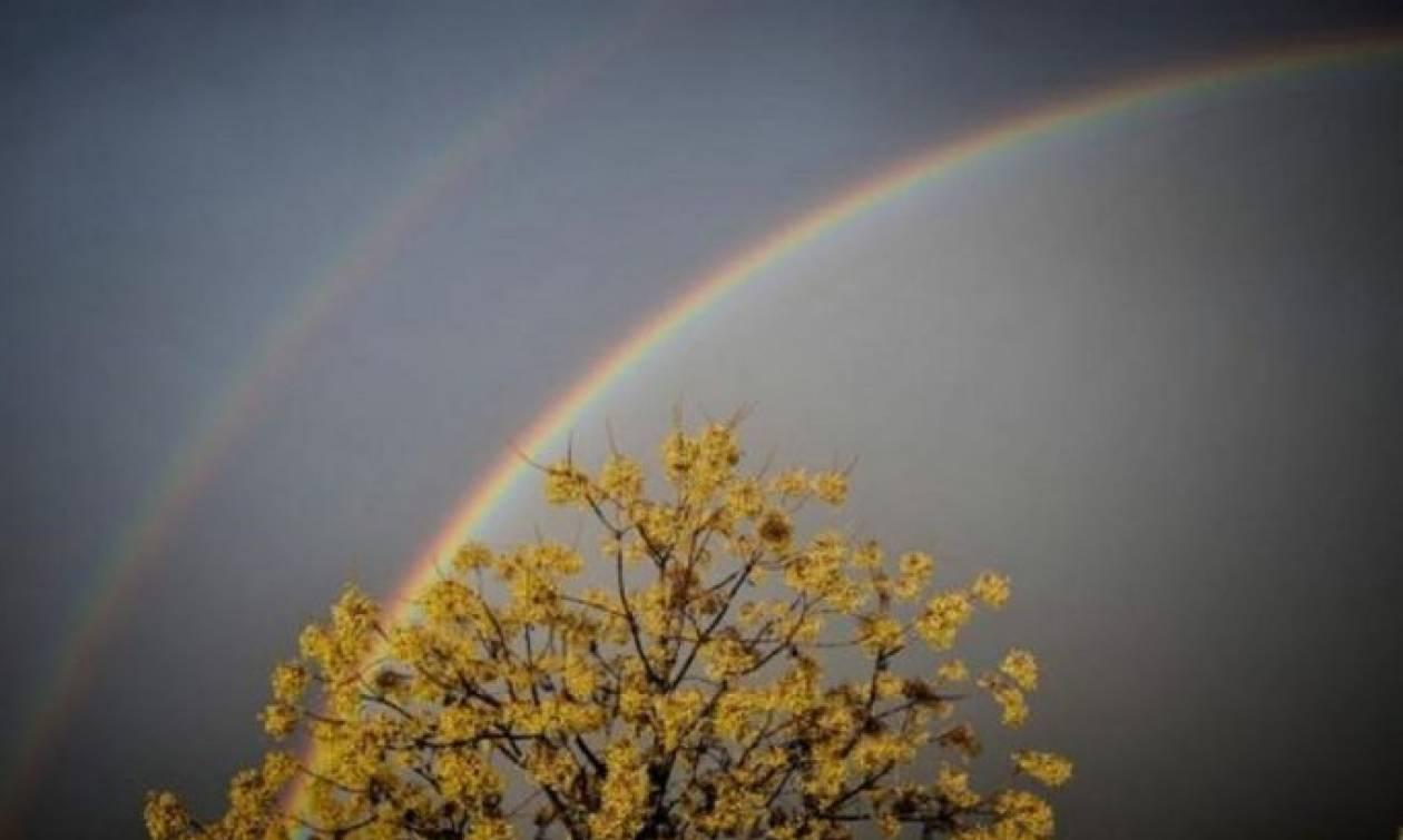 Απίστευτο σπάνιο φαινόμενο - Εμφανίστηκε διπλό ουράνιο τόξο στα Τρίκαλα (pics)