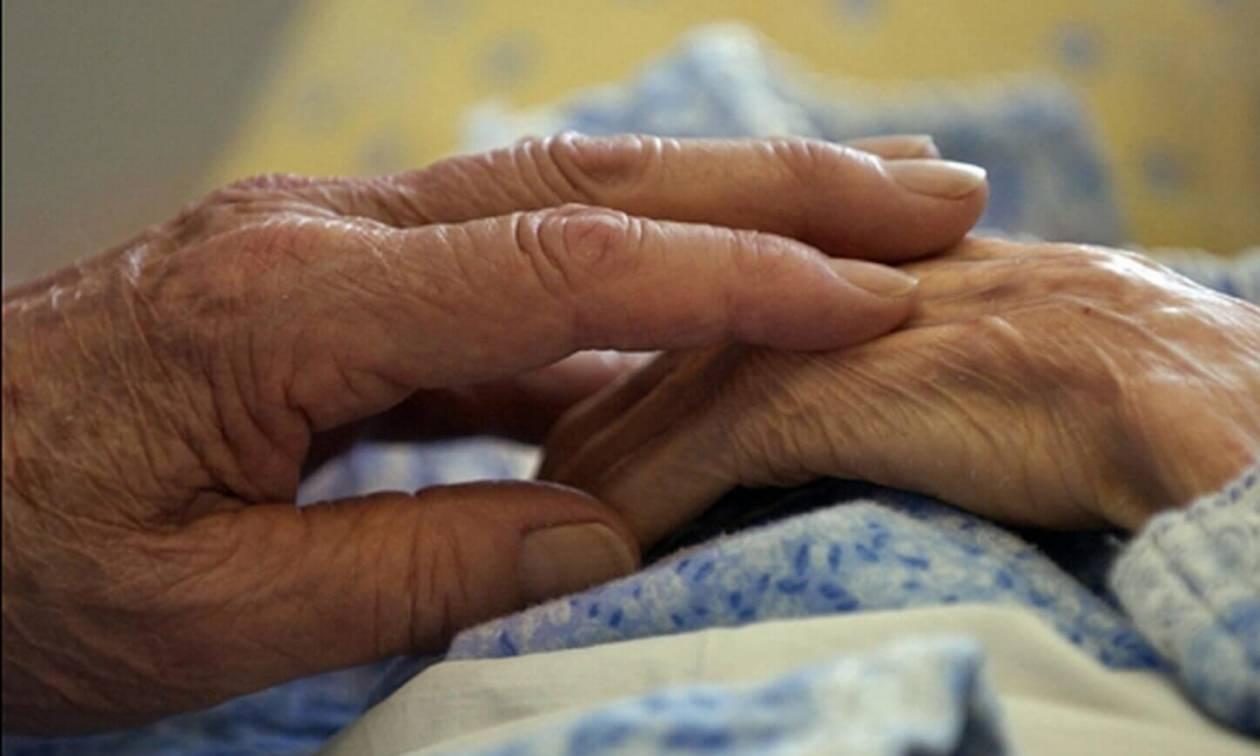 Τραγωδία στην Κυψέλη: Νεκρή ηλικιωμένη μετά από πυρκαγιά στο σπίτι της