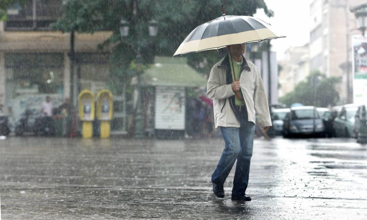 Καιρός: Έρχονται βροχές, σκόνη και ισχυροί νοτιάδες – Κίνδυνος πλημμυρικών φαινομένων