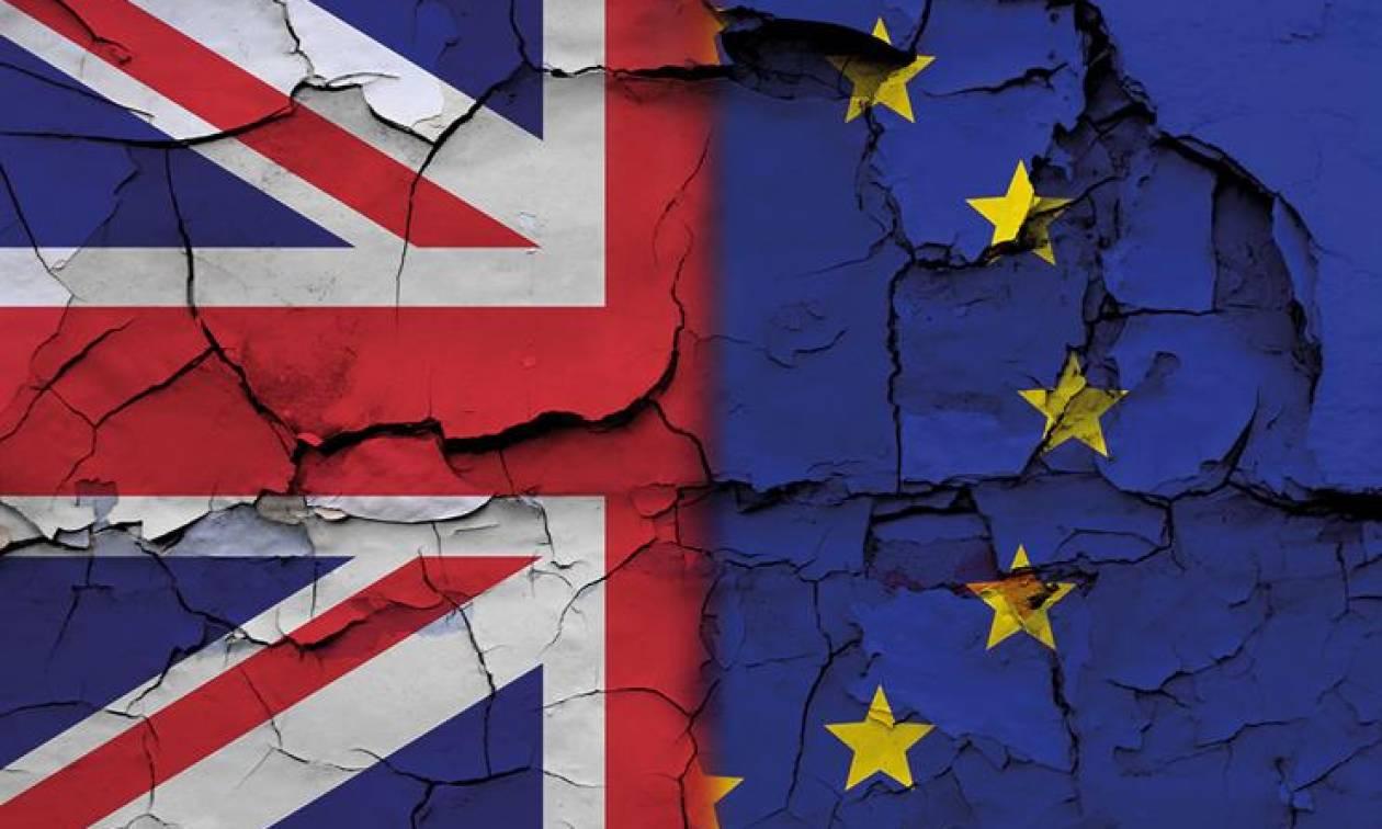 Διαψεύδει η Βρετανία τα περί συμφωνίας για τον «λογαριασμό» του Brexit