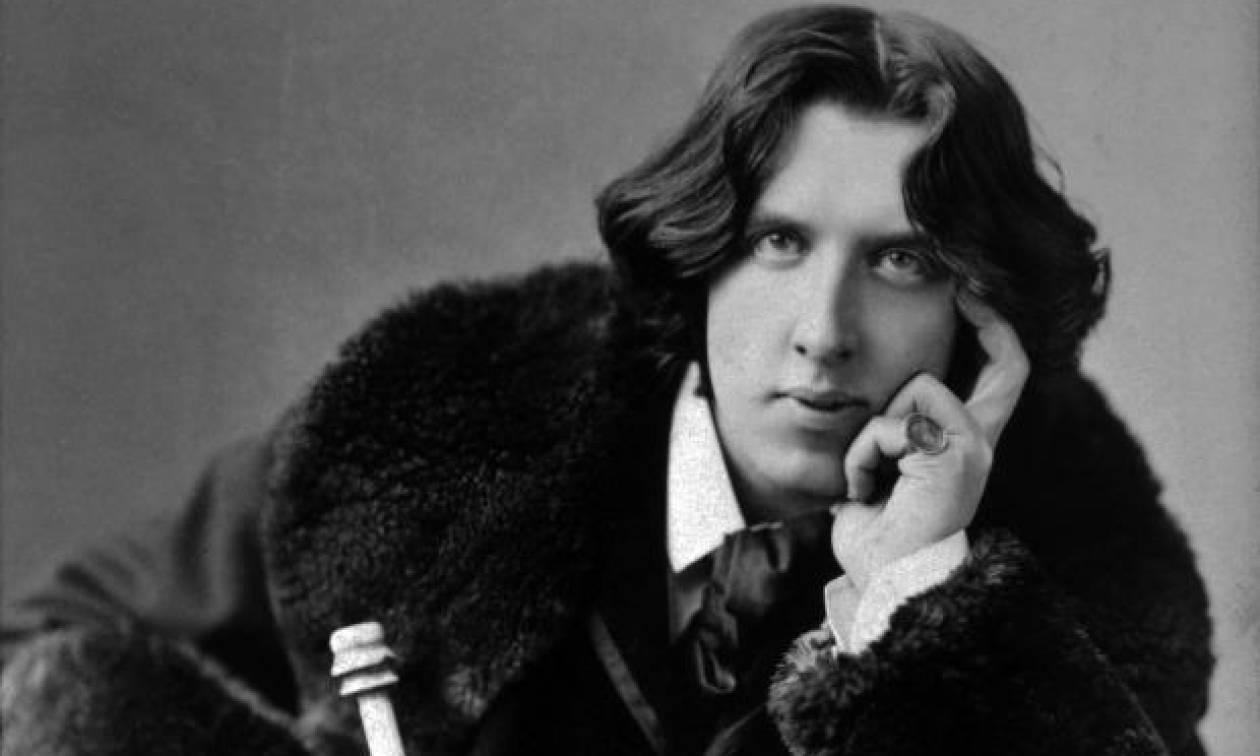 Σαν σήμερα το 1900 έφυγε από τη ζωή ο ποιητής Όσκαρ Ουάιλντ