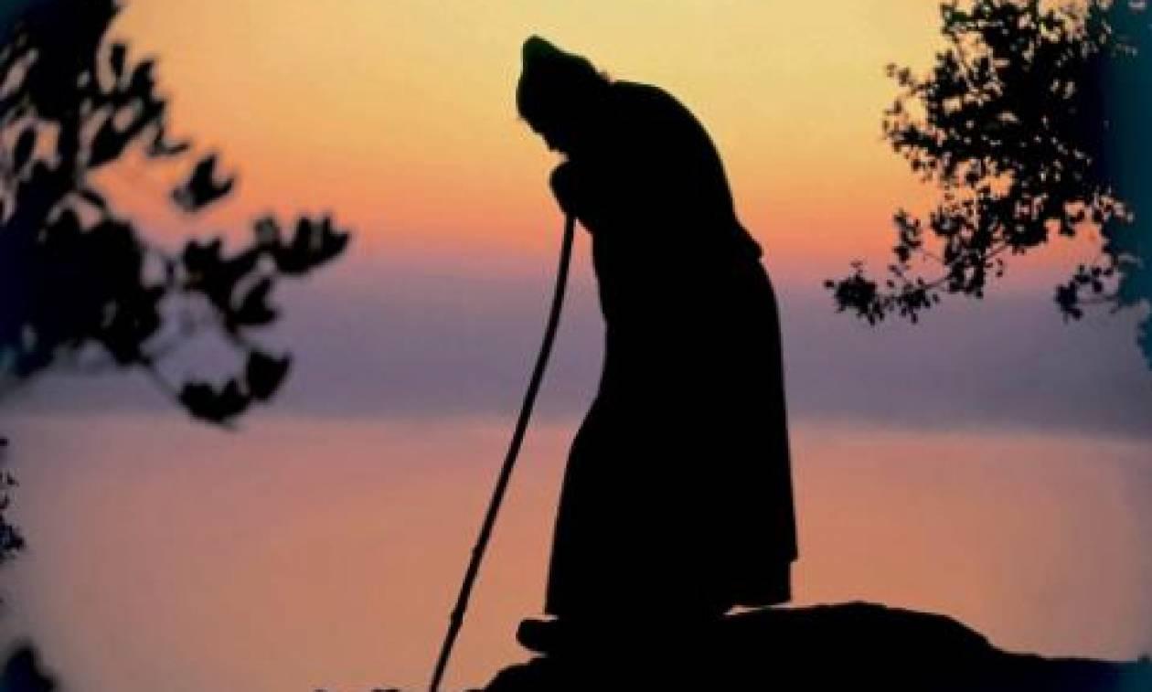 Πως γίνεται η προσευχή με κομποσκοίνι;