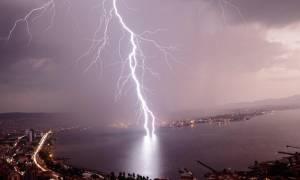 Έκτακτο δελτίο επιδείνωσης καιρού: Ποιες περιοχές θα χτυπήσουν τα φαινόμενα τις επόμενες ώρες