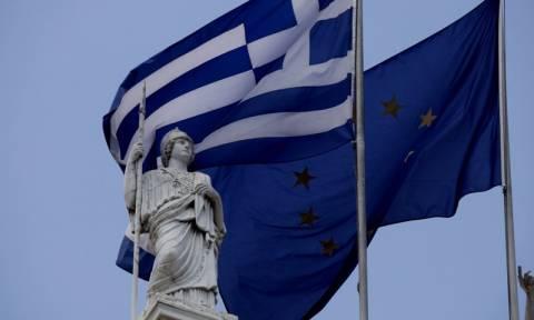 Les Echos: Οι Έλληνες μπορούν ξεκάθαρα να διακρίνουν το τέλος του «τούνελ»