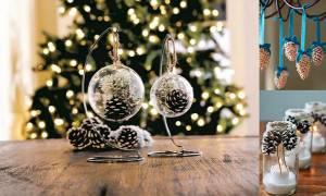 Πενήντα κατασκευές με κουκουνάρια που μπορείτε να φτιάξετε αυτά τα Χριστούγεννα