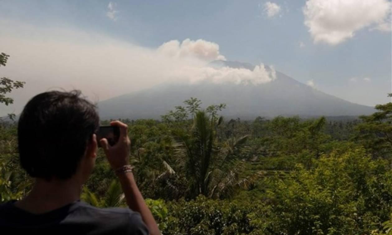 Εγκλωβισμένοι οι ταξιδιώτες στο Μπαλί - Ακυρώνονται ξανά πτήσεις