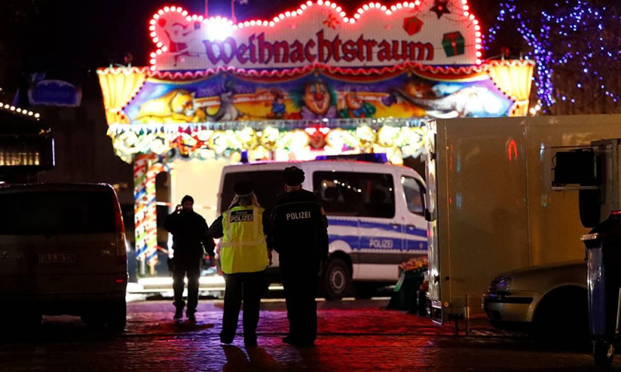Συναγερμός στη Γερμανία: Βόμβα ή κακόγουστη φάρσα το αντικείμενο στη χριστουγεννιάτικη αγορά;