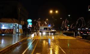 Κακοκαιρία: Άνεμοι παρέσυραν μεγάλη διαφημιστική κατασκευή στα Ιωάννινα (pics)