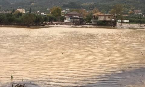 Κακοκαιρία: Πλημμύρες και κατολισθήσεις σε Αγρίνιο και Μεσολόγγι