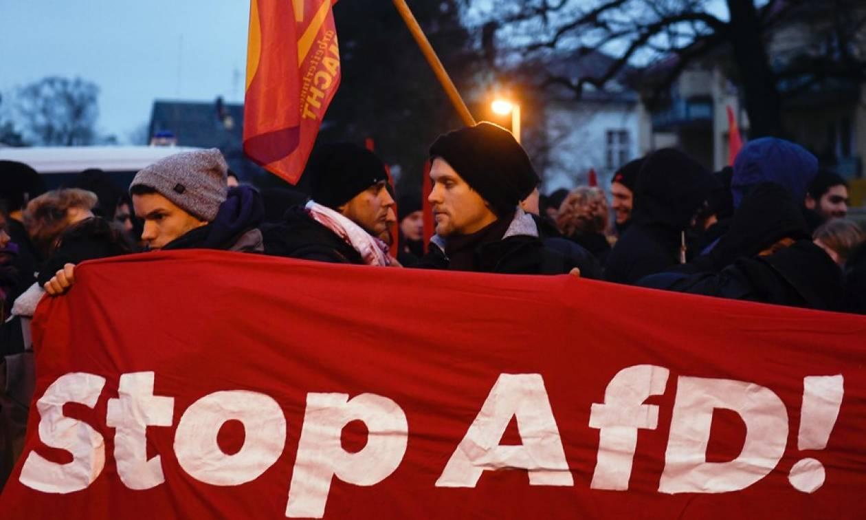 Γερμανία: «Εμφύλιος πόλεμος» στο ακροδεξιό AfD