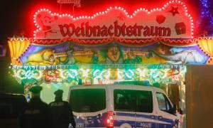 Γερμανία: Ανθρωποκυνηγητό για τη σύλληψη του αποστολέα της «βόμβας» στη χριστουγεννιάτικη αγορά