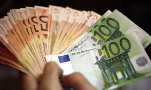 Οικογενειακά επιδόματα: Δείτε πόσα χρήματα θα παίρνουν τρίτεκνοι και πολύτεκνοι
