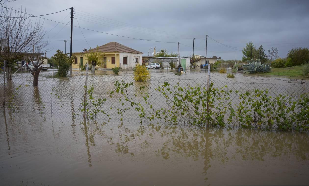 Κακοκαιρία: «Βούλιαξε» η δυτική Ελλάδα - Σε κατάσταση έκτακτης ανάγκης Αγρίνιο και Μεσολόγγι