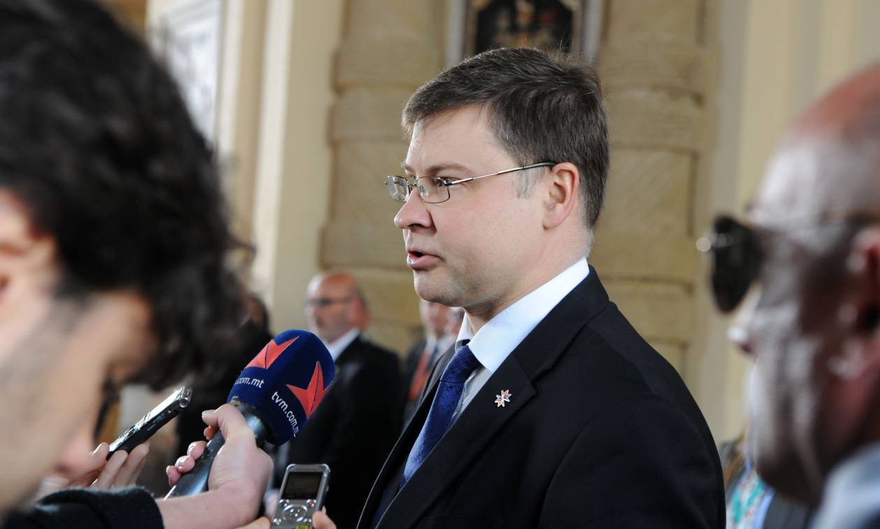 Dombrovskis welcomes staff-level agreement in Greece