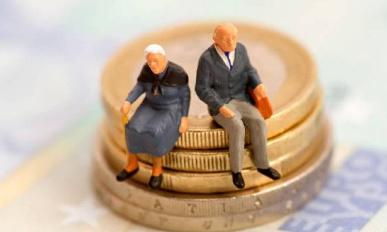 Μειώσεις σε όλες τις συντάξεις - Αυτά είναι τα νέα ποσά σε Δημόσιο, ΙΚΑ, ΤΕΒΕ, ΔΕΚΟ, Τράπεζες