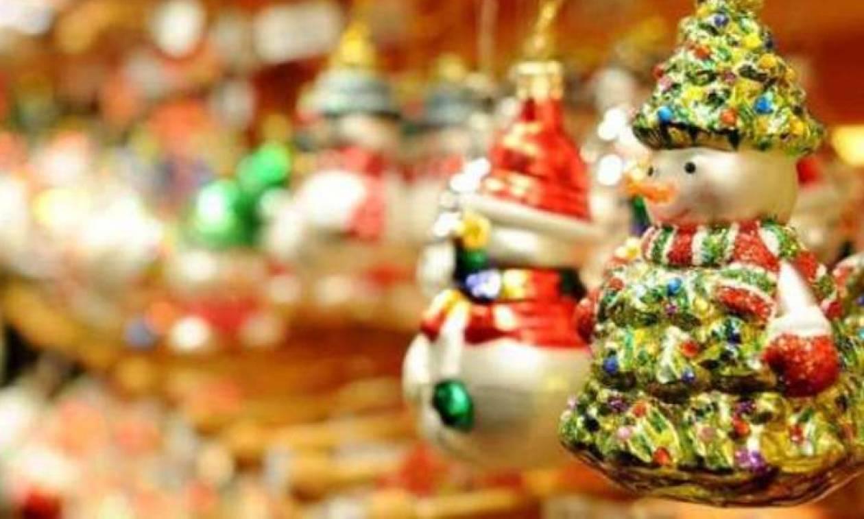 Εορταστικό ωράριο: Δείτε ποιες Κυριακές θα είναι ανοιχτά τα καταστήματα