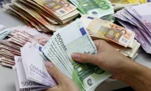 На Кипре введут ограничение на проведение денежных операций с наличными от 10000 евро и выше