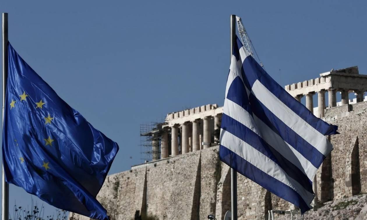 Bloomberg: Επανέρχεται η εμπιστοσύνη των επενδυτών προς την Ελλάδα μετά τη συμφωνία