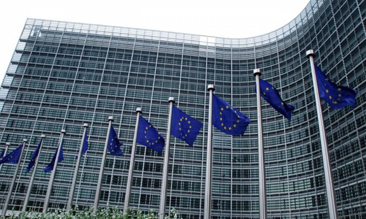 Financial Times: Σε «τροχιά» σύγκρουσης Κομισιόν-Βερολίνο