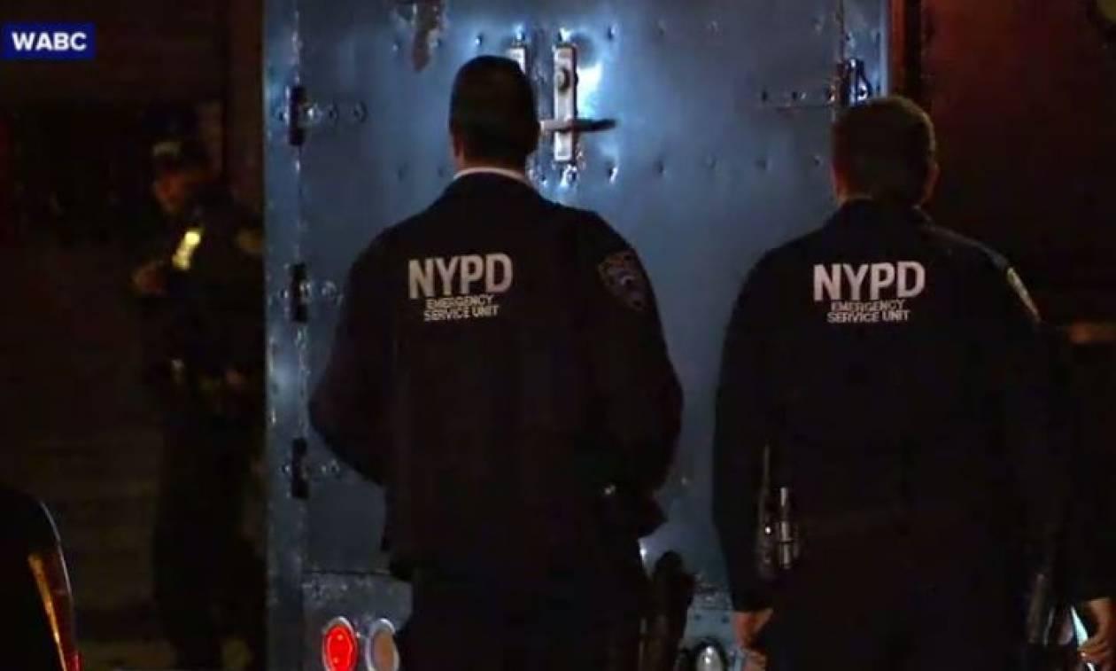 Συναγερμός στη Νέα Υόρκη: Αστυνομικοί πυροβόλησαν και σκότωσαν άνδρα με ματσέτα (vids)